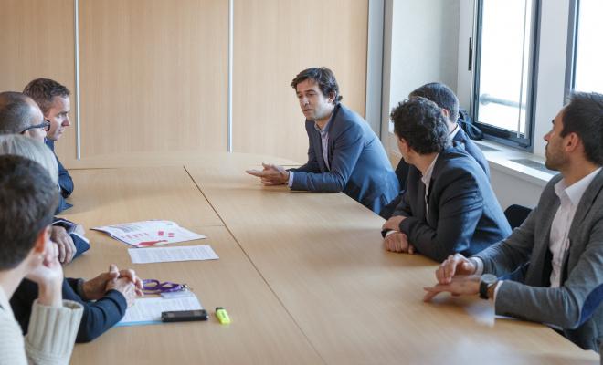 Photo de dirigeants lors d'une réunion au BIC de Montpellier