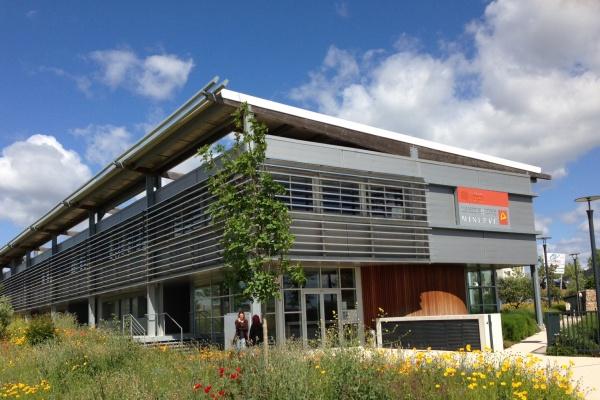 Photo_ateliers-village-Entreprises-Minerve-Castries_implantation_@M3M.jpg